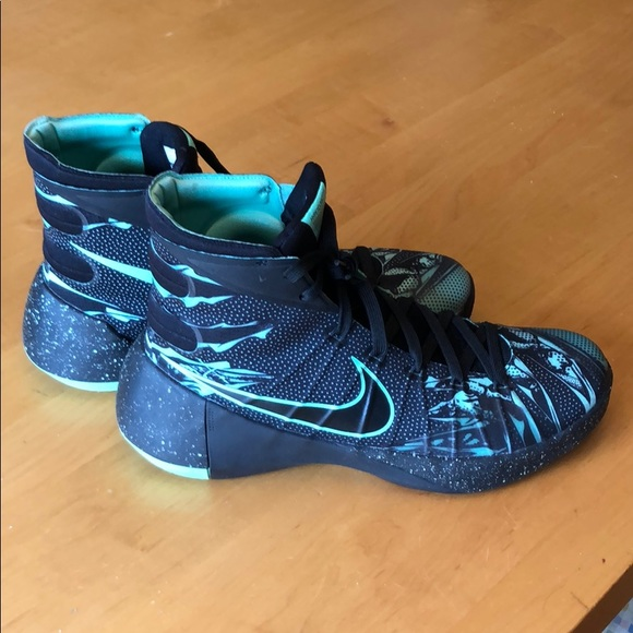 new product 8eda7 739e0 NIKE Men s Hyperdunk 2015 TB Basketball Shoe NEW. M 5c38d4e73c9844d04de78075